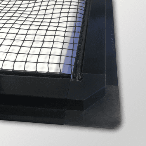Corner black mesh with background